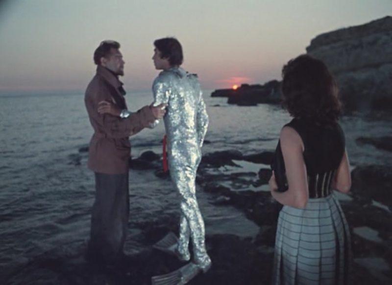 Кадр из фильма Человек-Амфибия