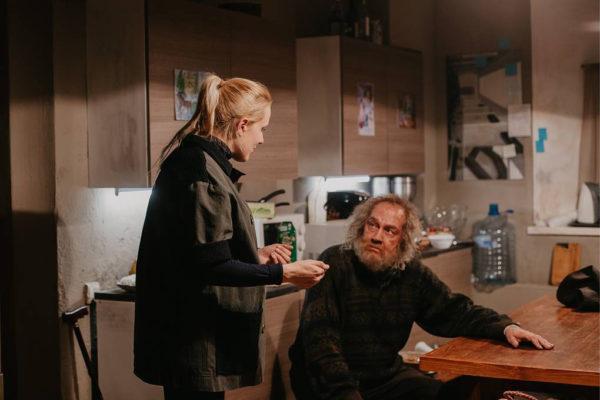 Оксана Карас на съемках фильма «Доктор Лиза»